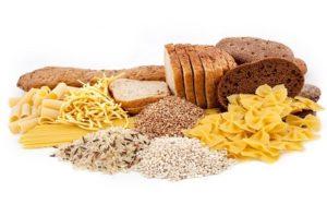 Alcuni prodotti che forniscono un elevato apporto di carboidrati.